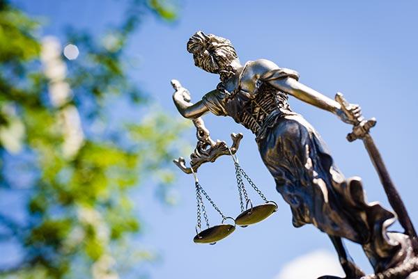 Pro Bono Rechtsberatung - Justitia